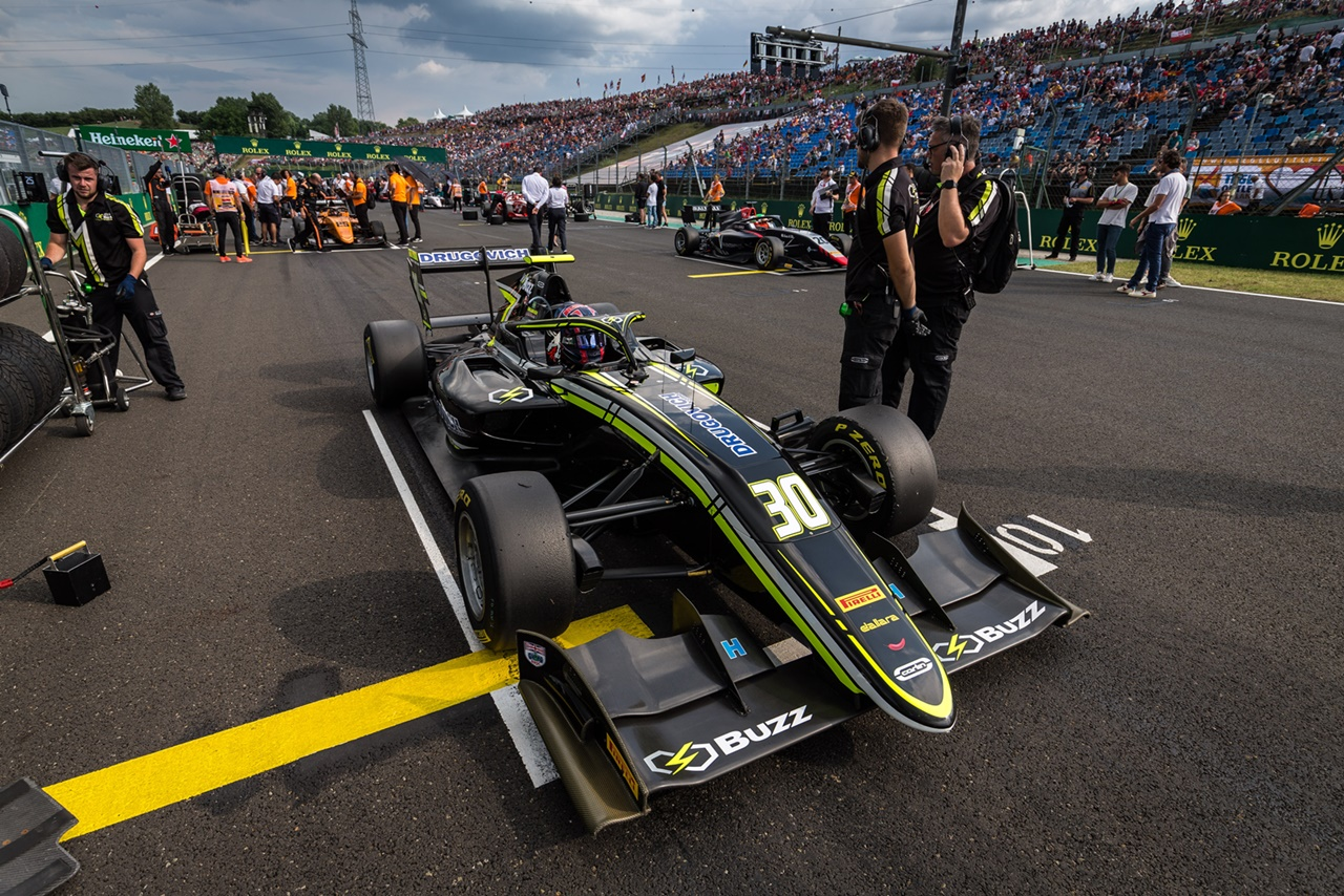 Photo of F3 – Felipe Drugovich foi o 6º colocado na primeira prova da Fórmula 3 FIA na Hungria neste sábado