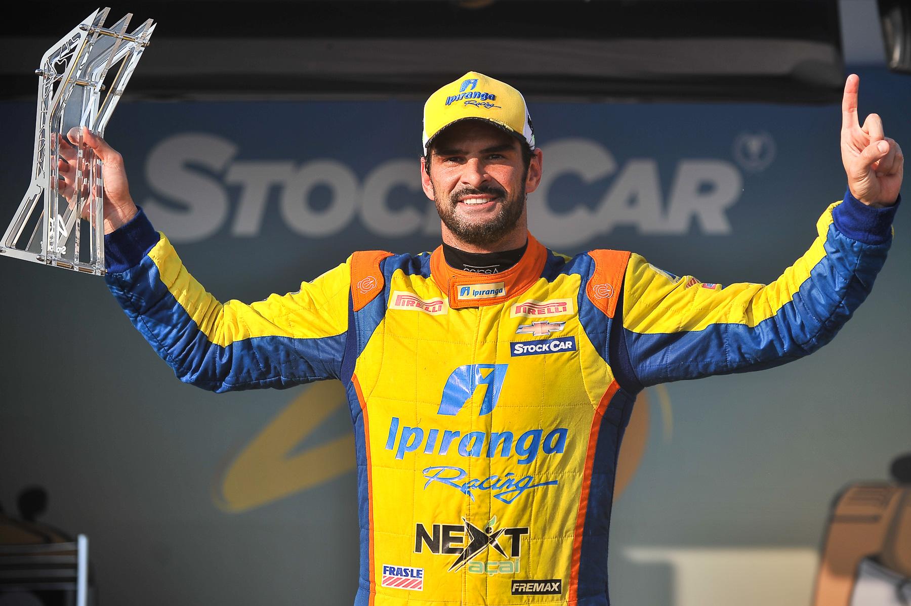 Photo of Stock Car – Eficiente e veloz, Camilo crava quinta pole em seis etapas