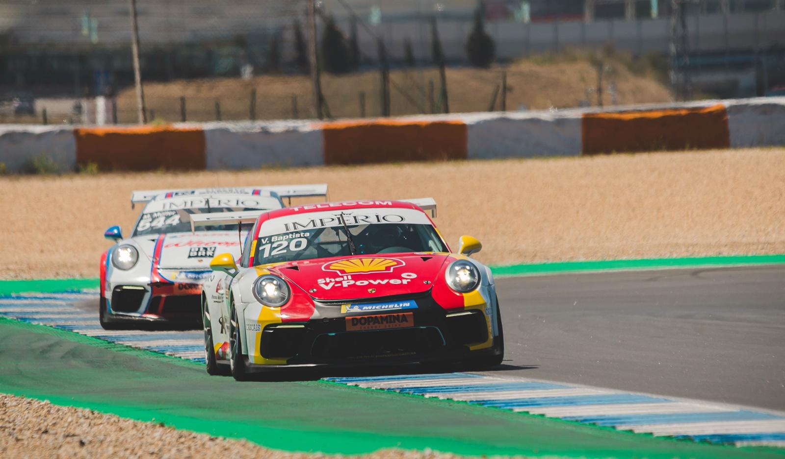 Photo of Porsche Império Carrera Cup – Vitor Baptista e Enzo Elias vencem no Estoril em dia de programação abreviada