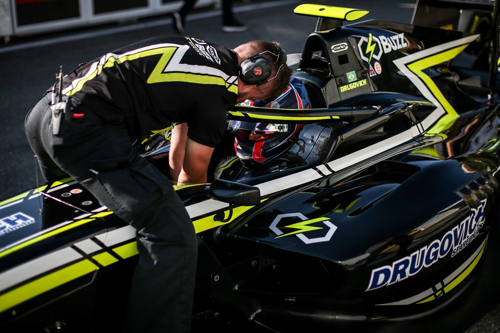 Photo of F3 – Felipe Drugovich teve desempenho positivo na Fórmula 3 FIA em Spa-Francorchamps, na Bélgica