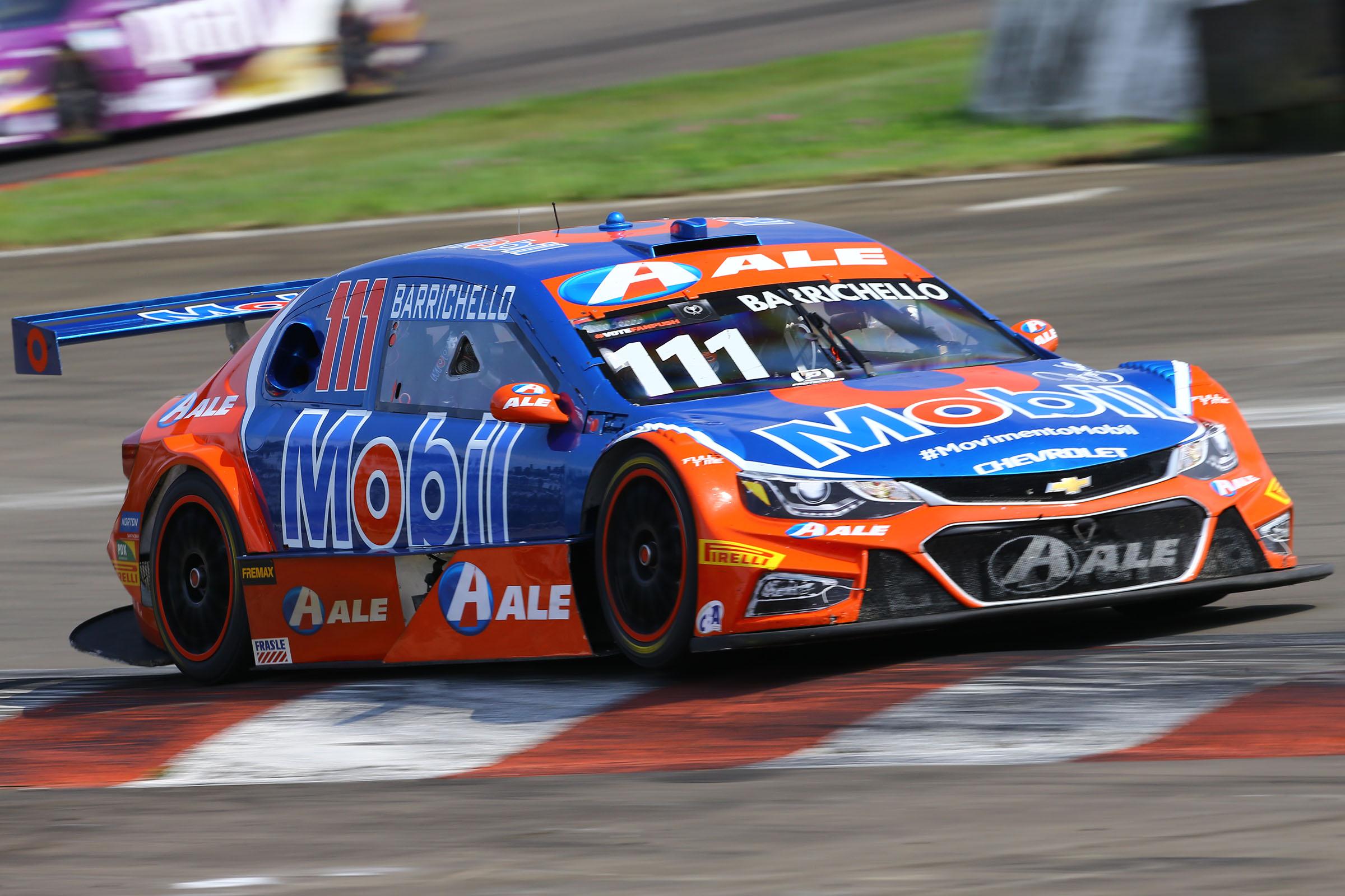 Photo of Stock Car – Rubens Barrichello vence pela quarta vez em 2019 e quebra tabu no Velopark