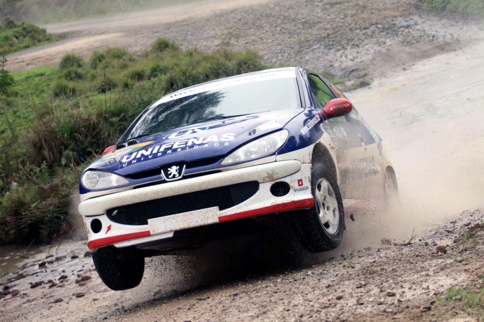 Photo of Rally – Rally de Velocidade: Victor Corrêa/Bruno Scarpelli abandonam na frente