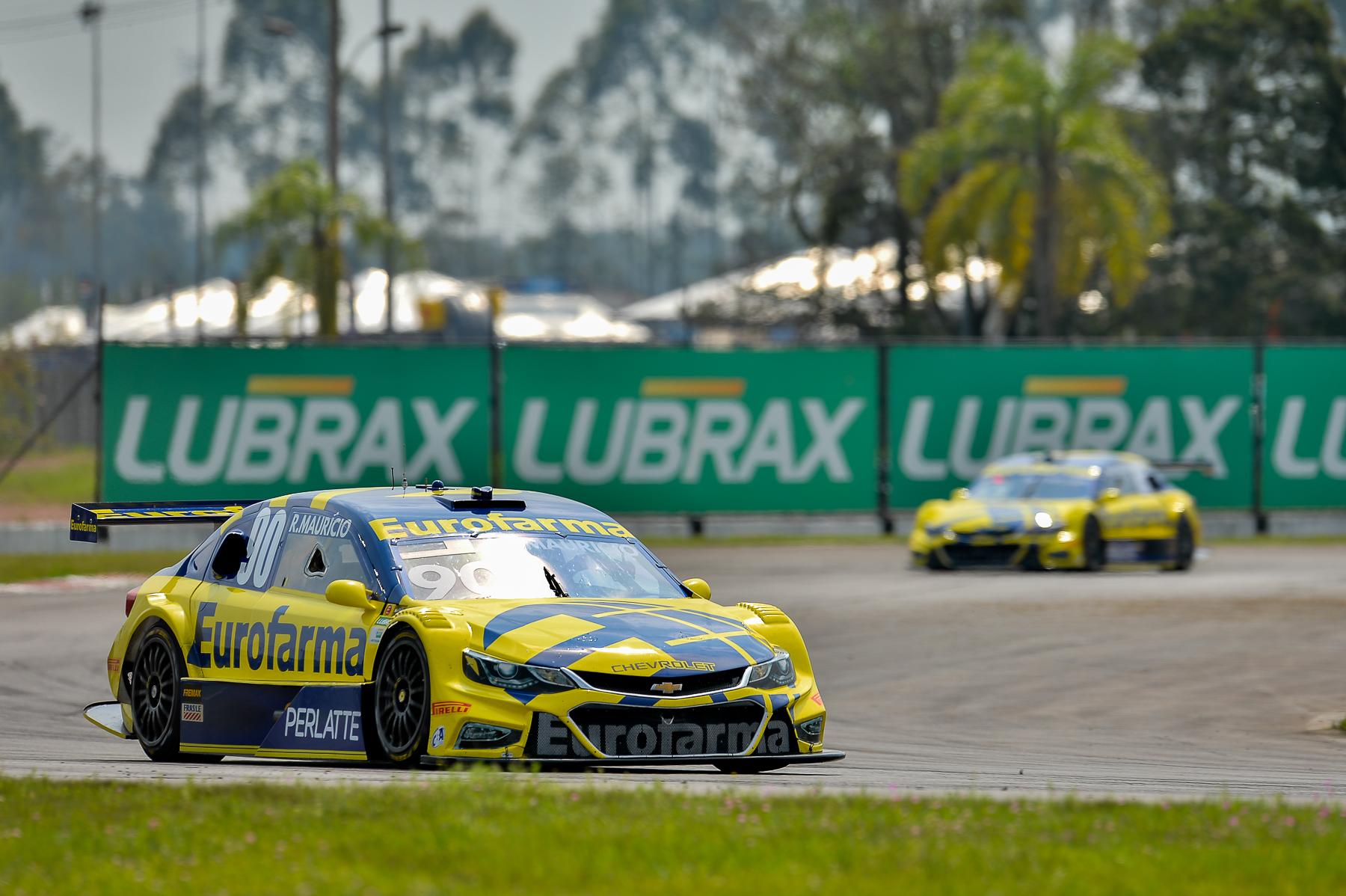 Photo of Stock Car – Ricardo Mauricio é o novo líder do campeonato
