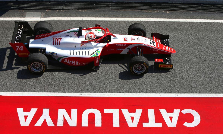 Photo of F3 – Enzo Fittipaldi conquista mais um pódio na F3 Regional Europeia em sua estreia em Barcelona