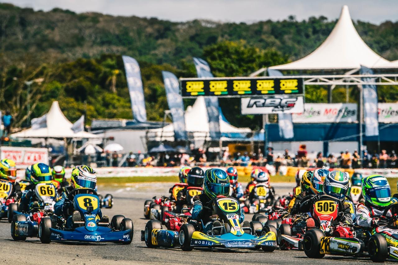 Photo of Kart – Após pole-position Lucas Moura se superou para ir ao pódio da Copa Brasil de Kart