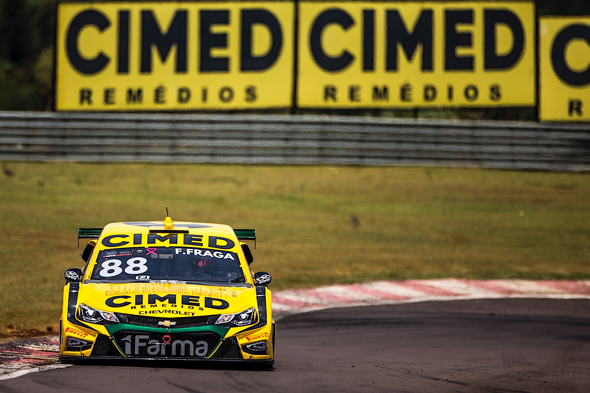 Photo of Stock Car – Felipe Fraga vence em Cascavel e Cimed Racing também sobe no pódio com Cacá Bueno