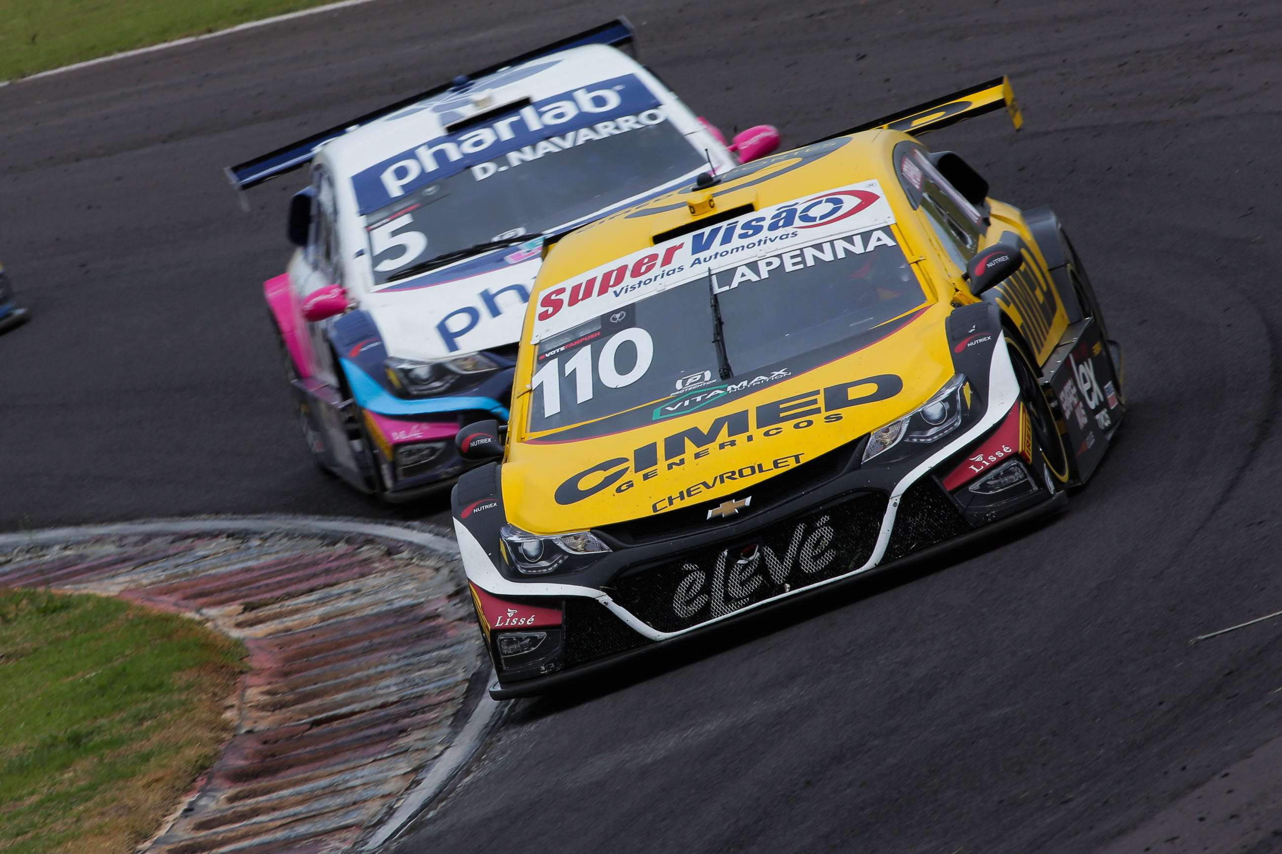 Photo of Stock Car – Cavaleiro Sports coloca seus dois carros entre os melhores em Cascavel