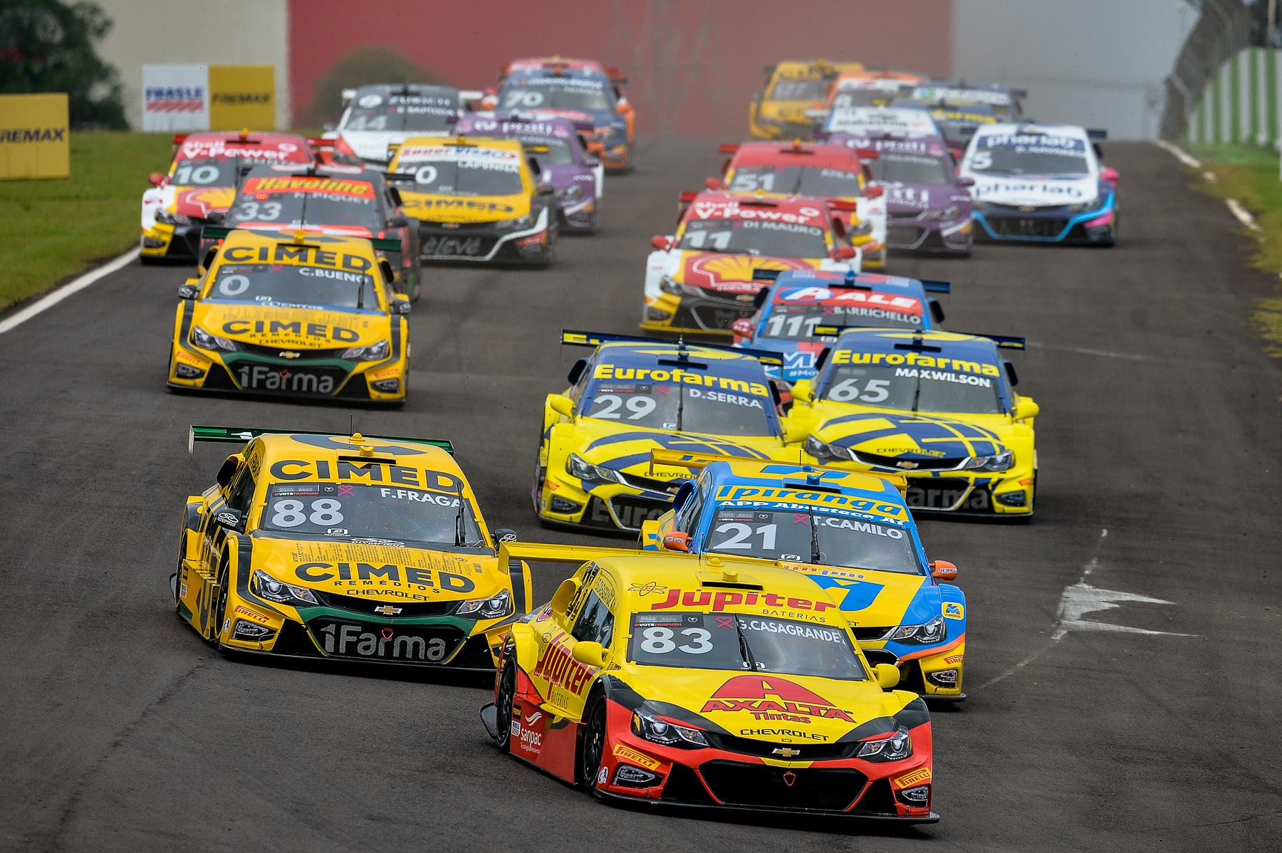 Photo of Stock Car – Os nomes do fim de semana são  Felipe Fraga e Átila Abreu que vencem em Cascavel enquanto líderes empatam no campeonato