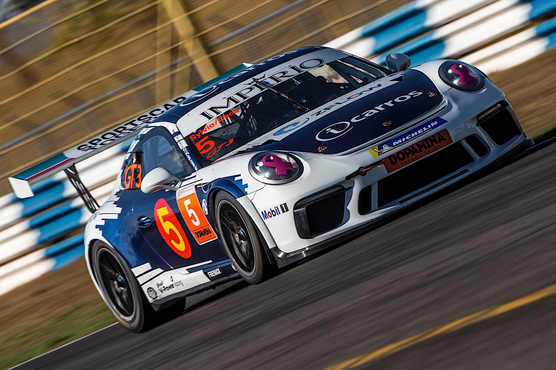 Photo of Porsche – Cacá Bueno e Sylvio de Barros superam punição incomum para conquistar pódio em Goiânia
