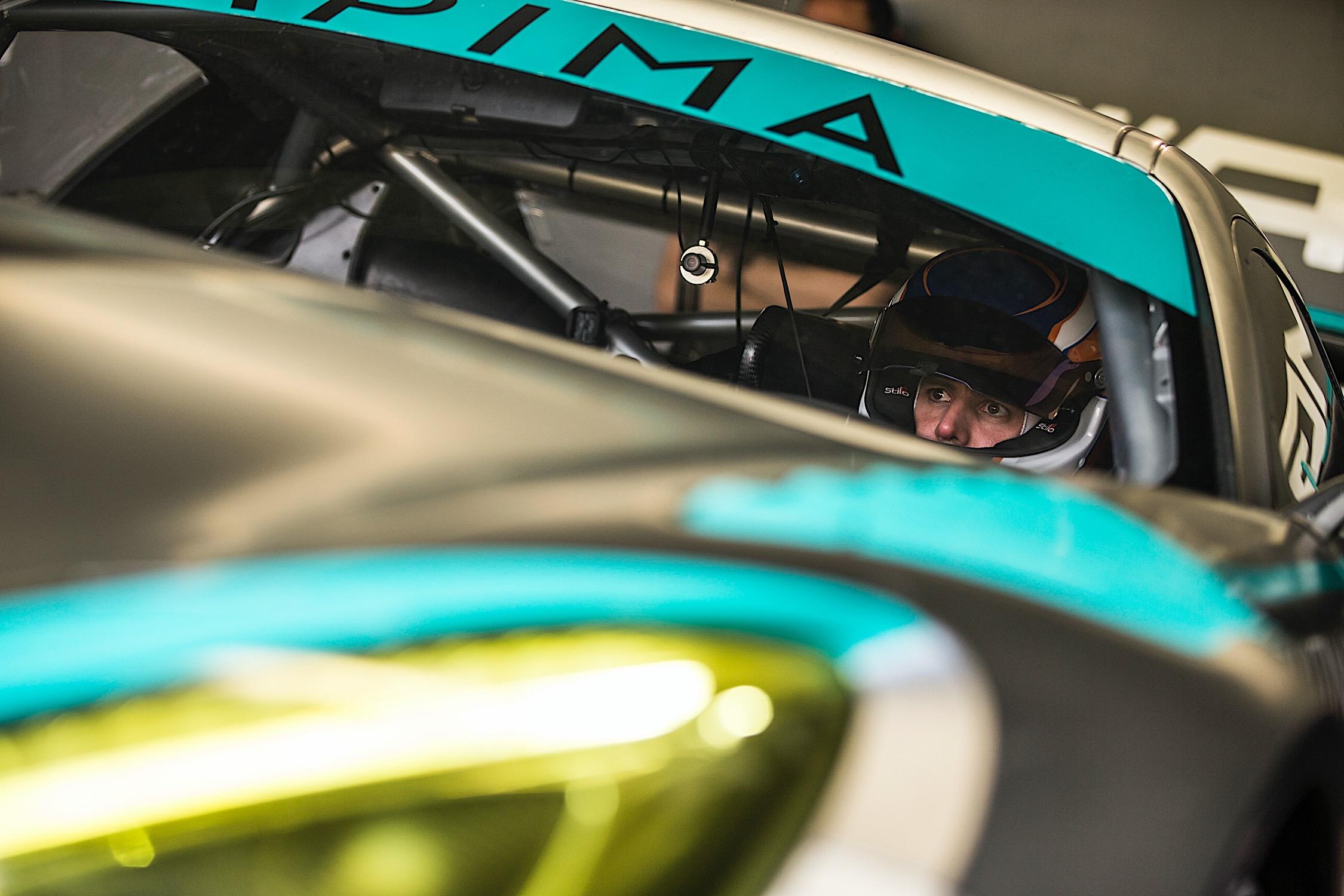 Photo of Endurance – Pela Endurance Brasil a dupla Xandy e Xandinho Negrão largam da terceira posição na GT3
