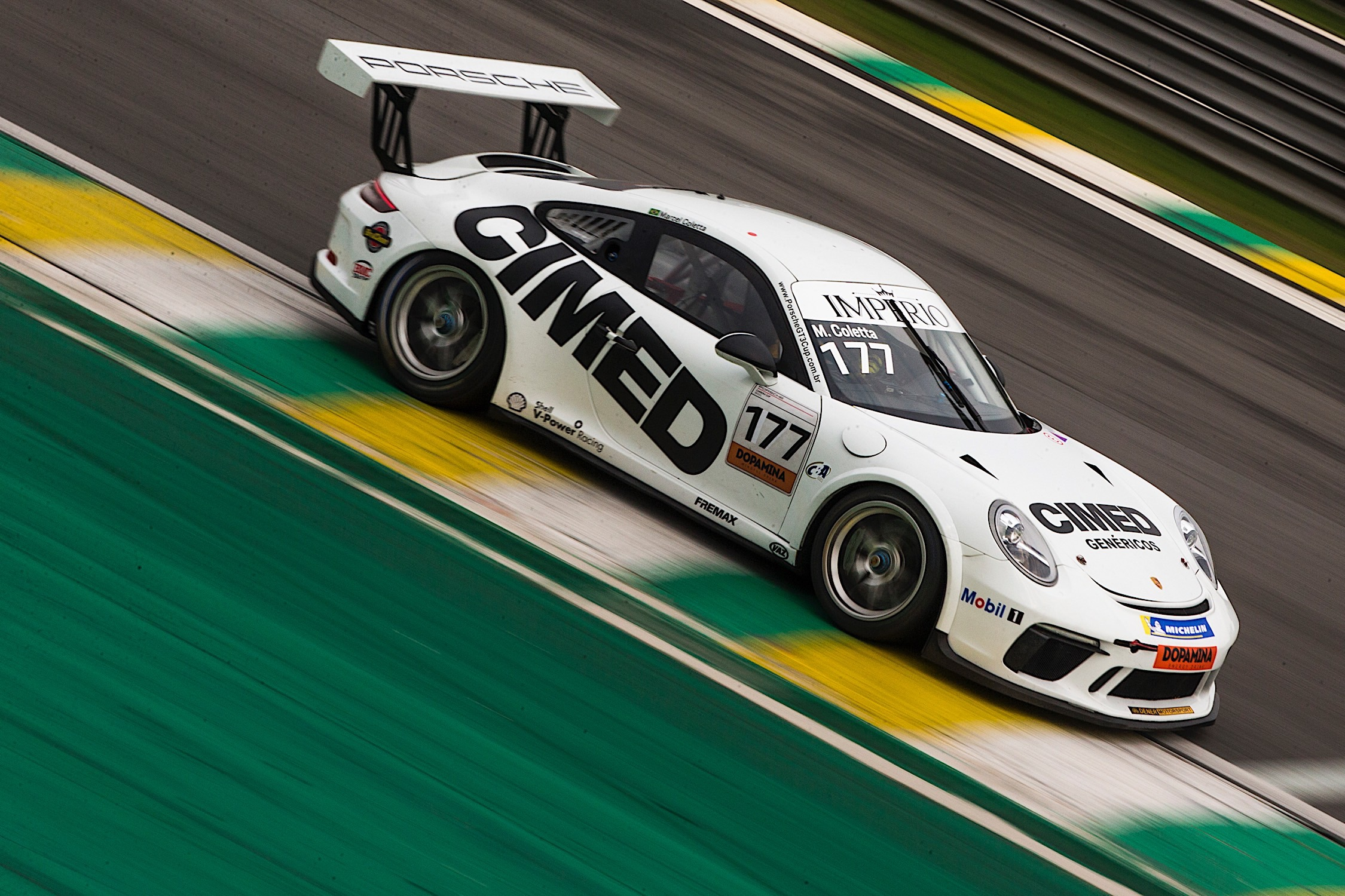 Photo of Porsche Cup – Marcel Coletta disputa título em final da Porsche Cup na preliminar do GP Brasil de F1