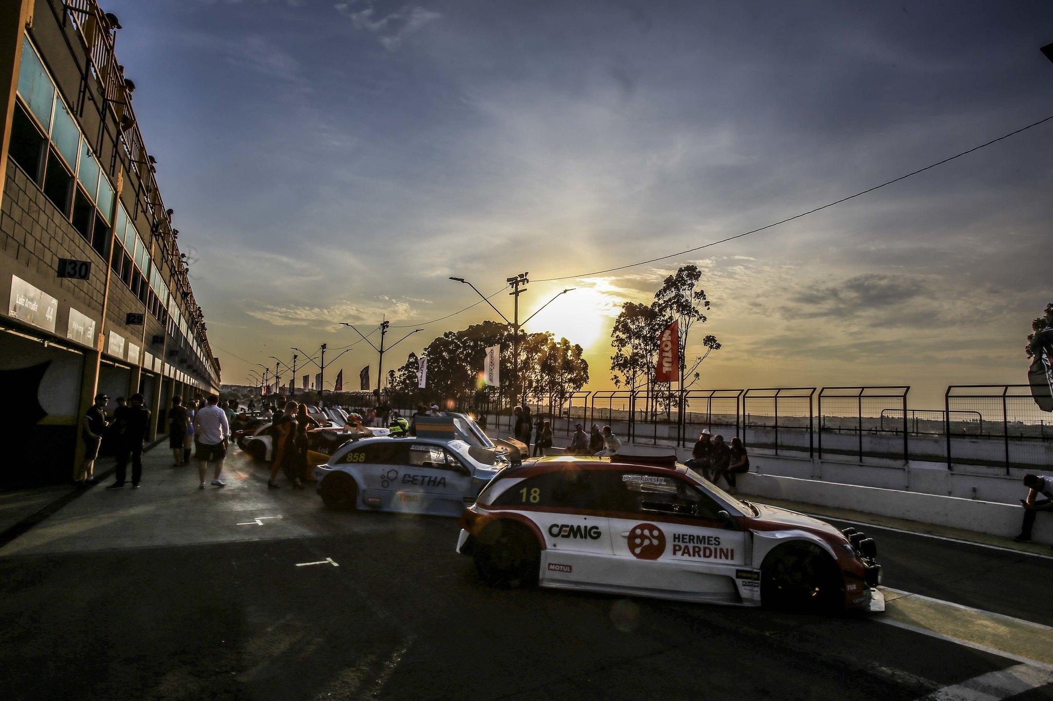 Photo of Sprint Race – A penúltima etapa define candidatos ao título