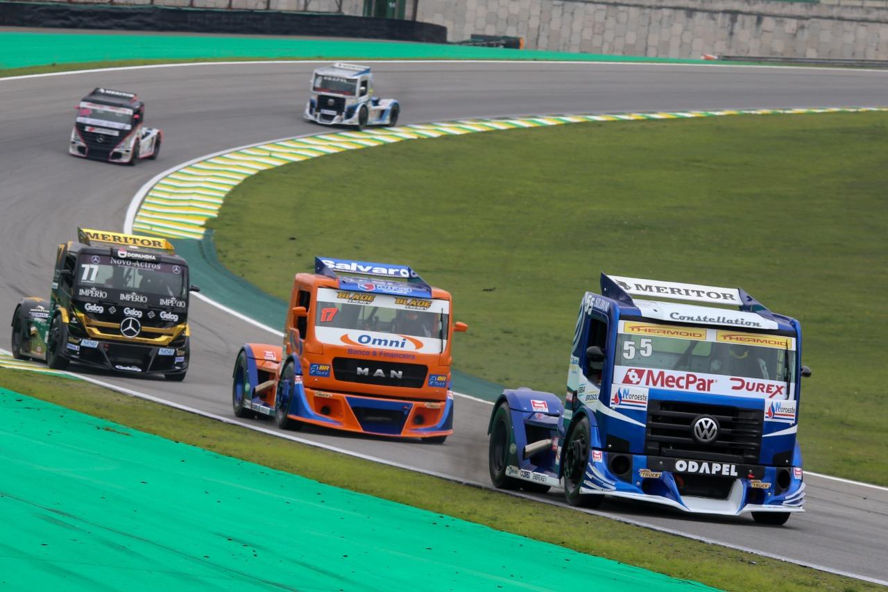 Photo of Truck – Salustiano abre sexta feira na dianteira em Interlagos