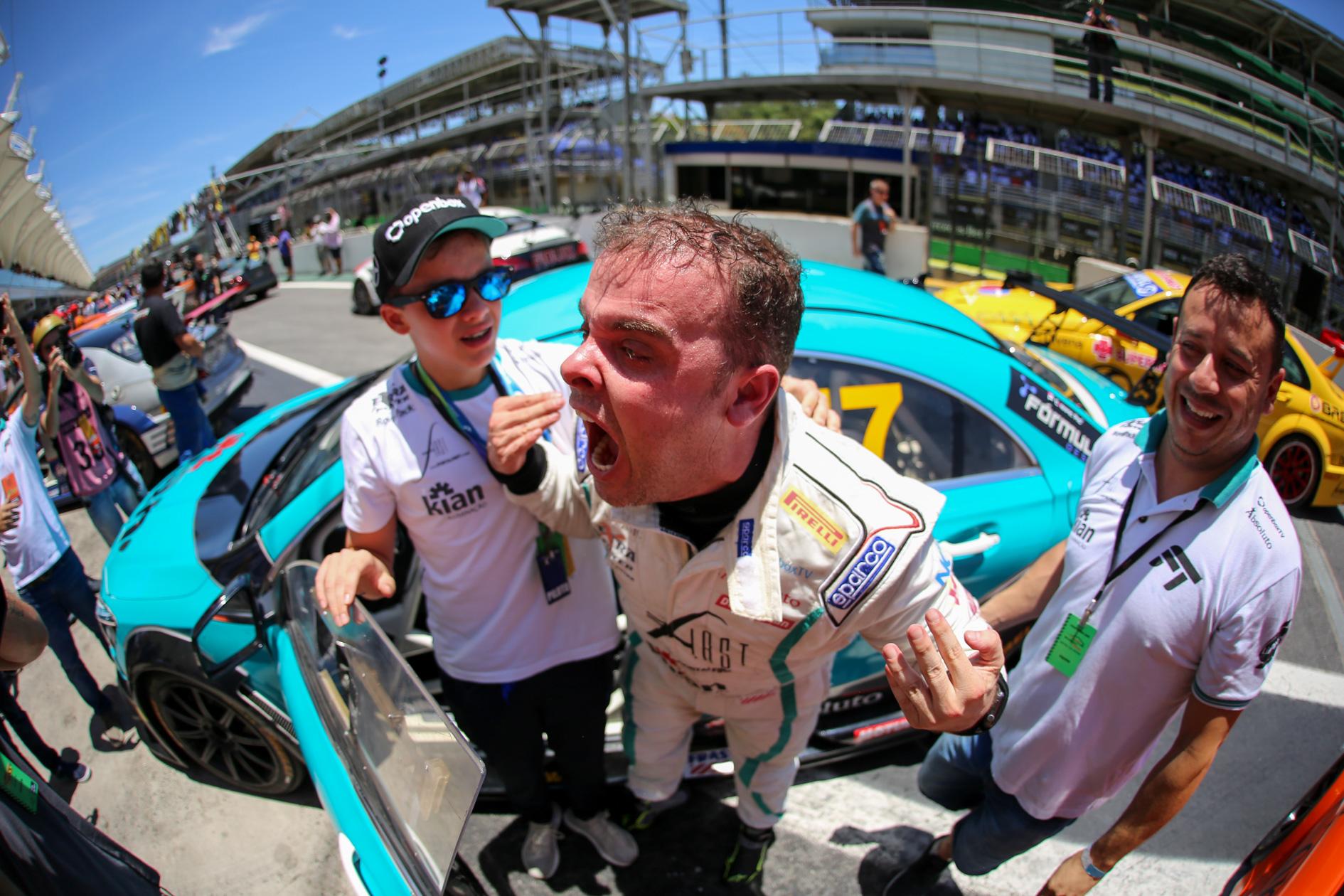 Photo of MB Challenge – Tozzo lidera lista de novos campeões do Mercedes-Benz Challenge