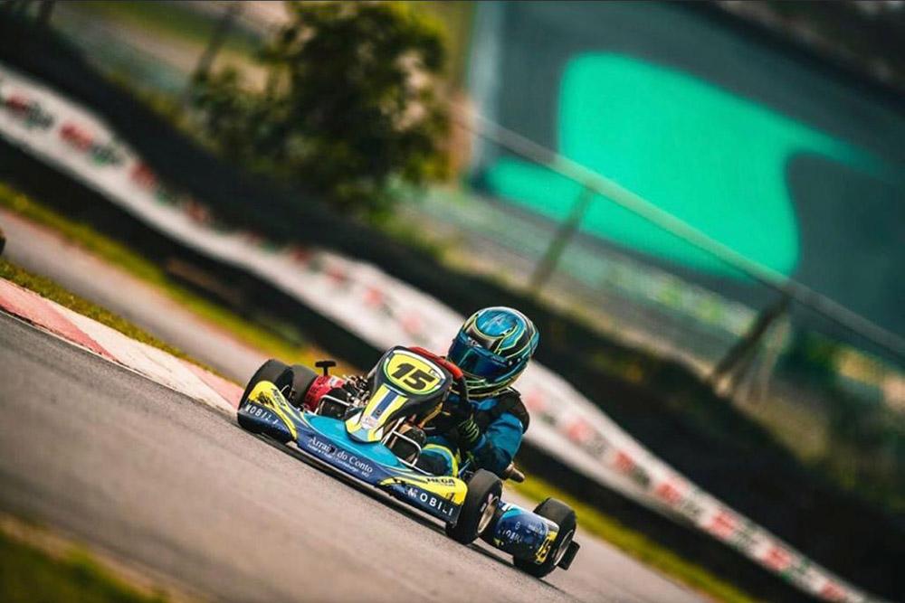 Photo of Kart – No pódio Lucas Moura encerrou o ano de competições