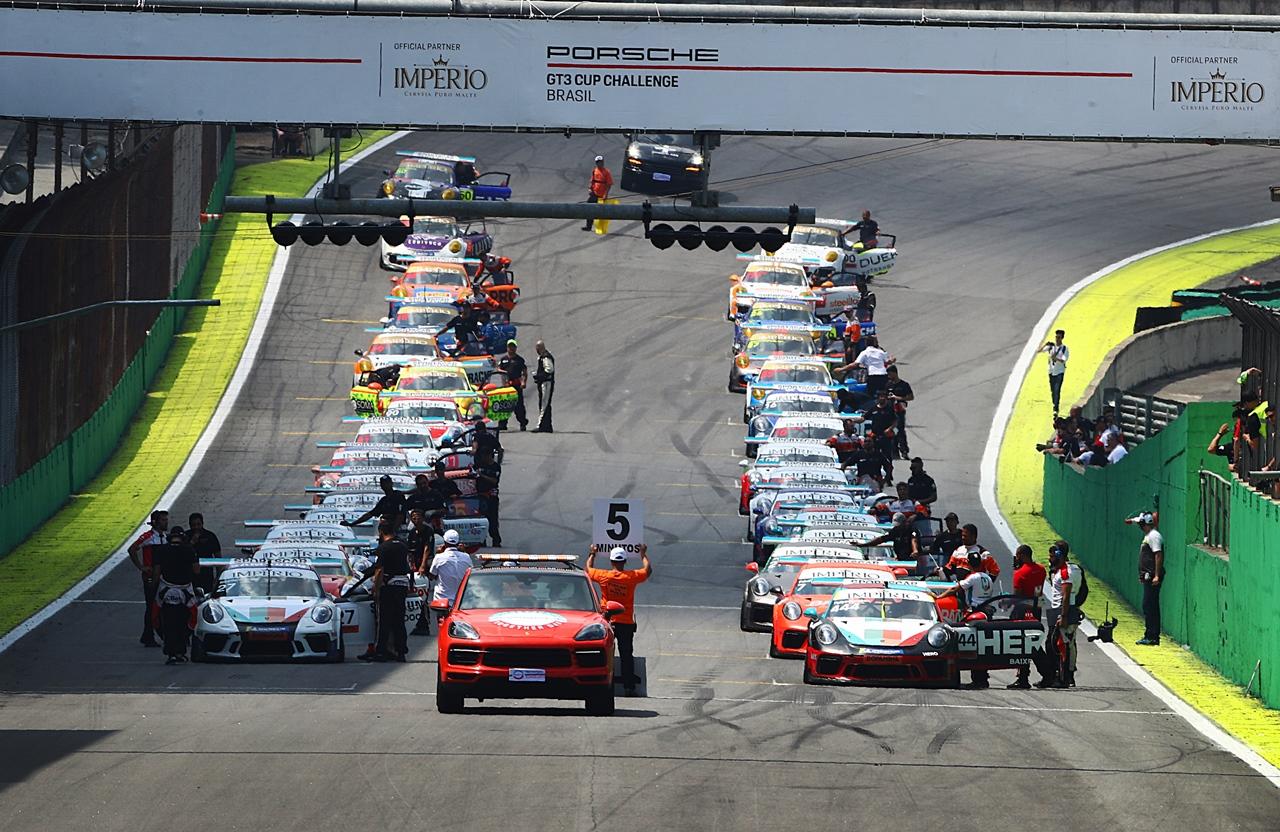 Photo of Endurance – Vitor Baptista/Filipe Albuquerque vencem Porsche Endurance 500 e dupla Hellmeister/Seripieri levanta o campeonato