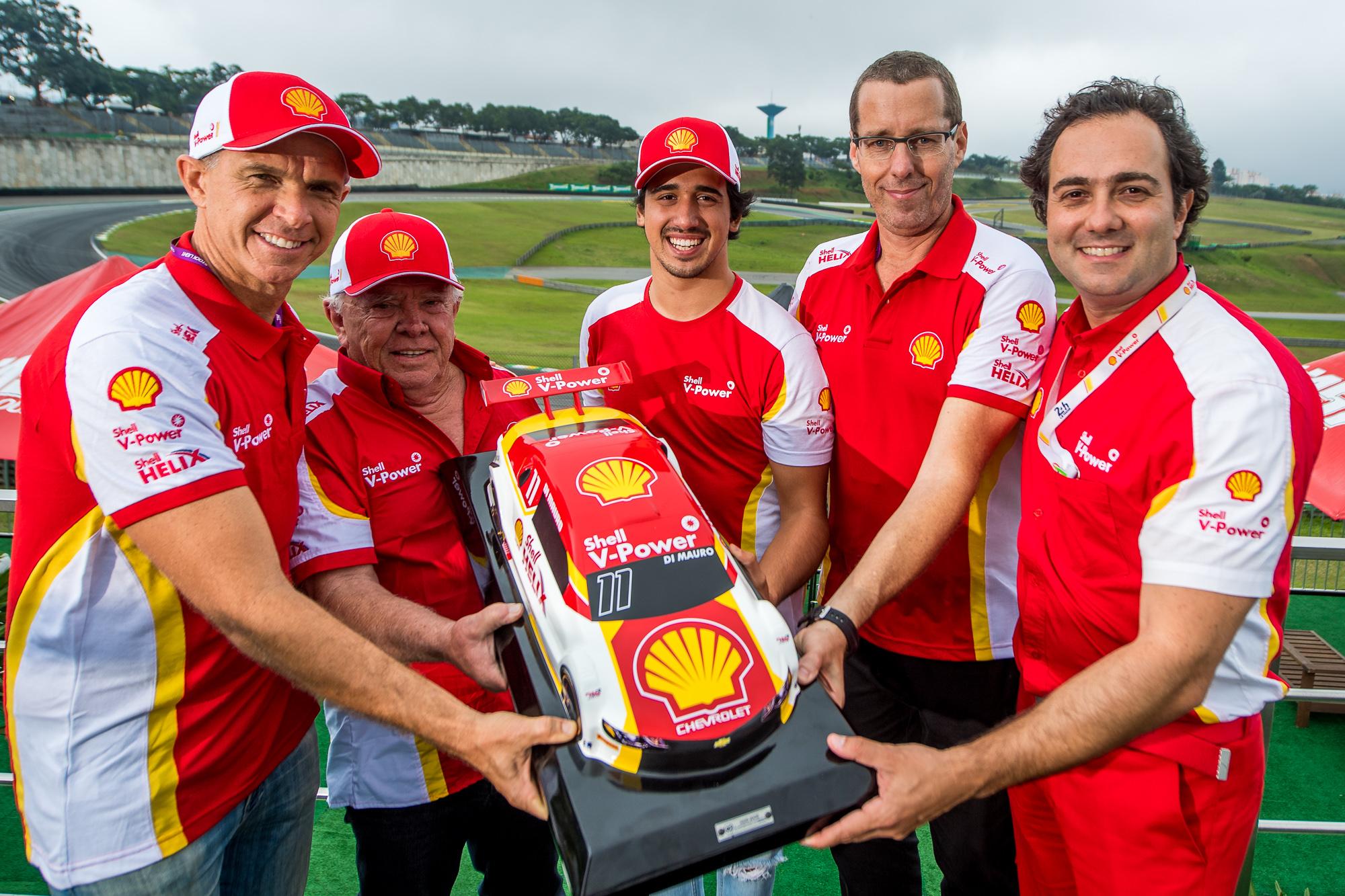 Photo of Stock Car – Gaetano di Mauro leva o carro #11 da Shell para a equipe Vogel na temporada de 2020