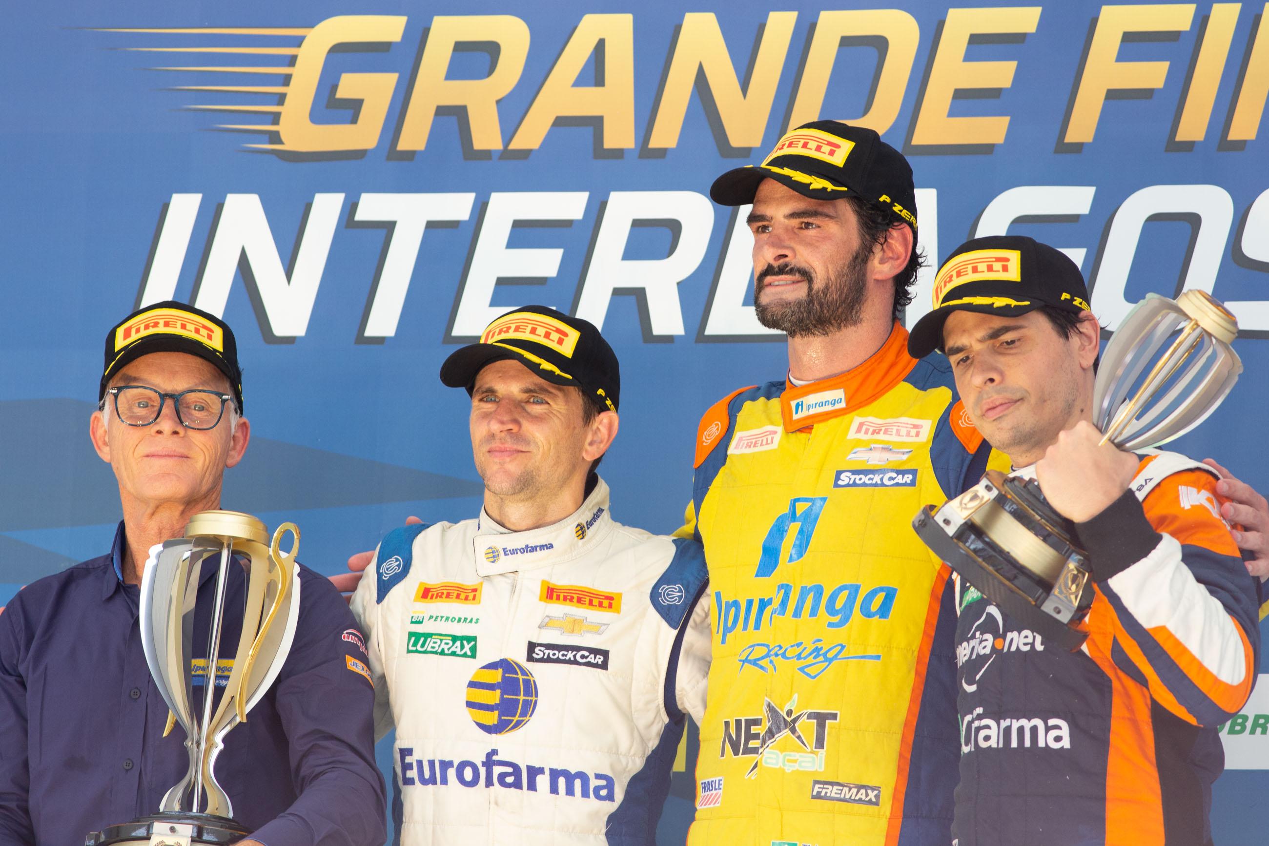 Photo of Stock Car – Thiago Camilo vence, quebra recordes  e fica em segundo no campeonato
