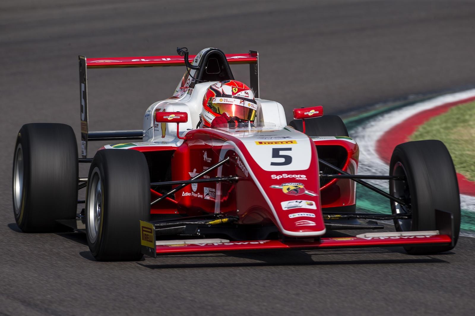 Photo of F3 – Gianluca Petecof leva cores da Shell para a F3 Regional Europa em 2020 com a equipe Prema