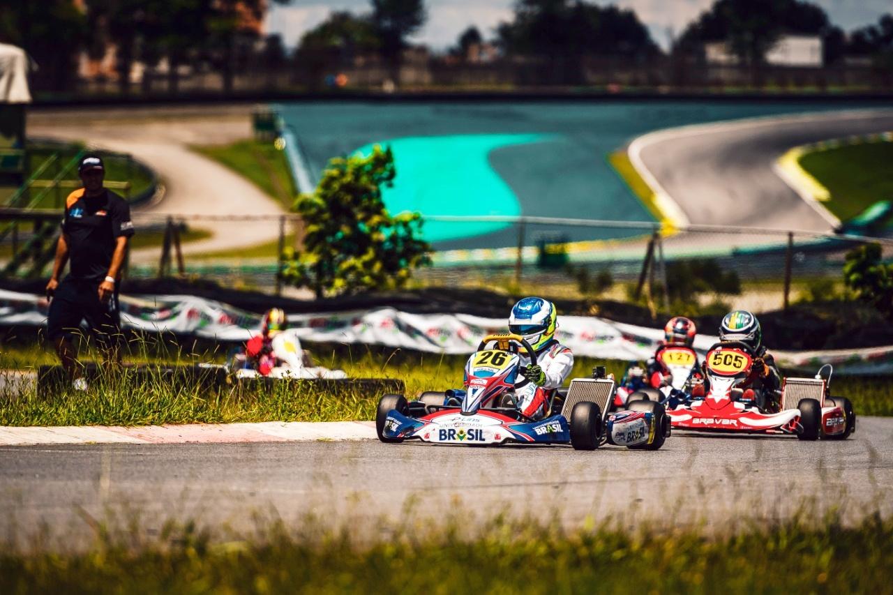 Photo of Kart – Competitivo e rápido, Pedro Lins foi destaque na etapa de abertura da Copa São Paulo Light de Kart