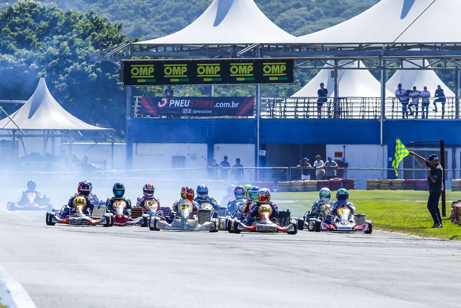 Photo of Kart – Copa SPR Light de Kart reuniu quase 100 pilotos em sua etapa de abertura no Kartódromo Beto Carrero