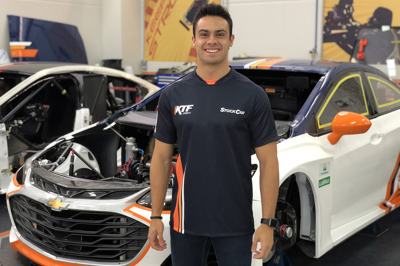 Photo of Stock Car – KTF Sports traz Vitor Baptista para o terceiro carro da Stock Car