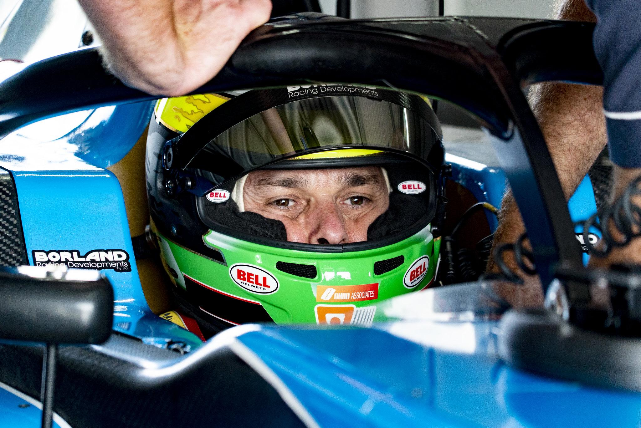 Photo of S5000 – Barrichello e Fisichella pronto para Grand Prix após as primeiras voltas S5000 de Winton