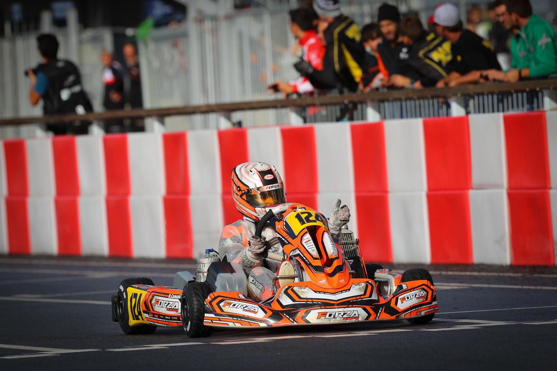 Photo of Kart – Vice-campeão mundial, Rafael Câmara comemora retorno do kartismo na Europa e treina no Brasil