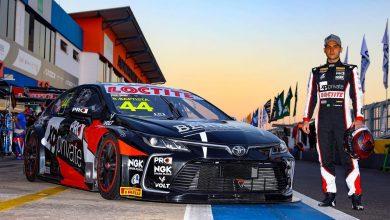 Photo of Stock Car – Bruno Baptista orgulhoso por disputar liderança do campeonato com o tricampeão Daniel Serra
